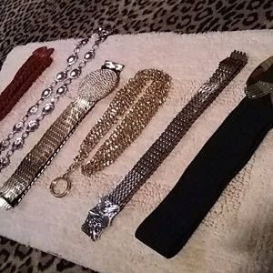 Accessories - Six stylish vintage belts -gold, silver & black